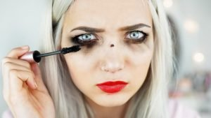 25 Tips To Be Beautiful : How To Look Beautiful Naturally Without Makeup?? [ Dos and Don'ts ]